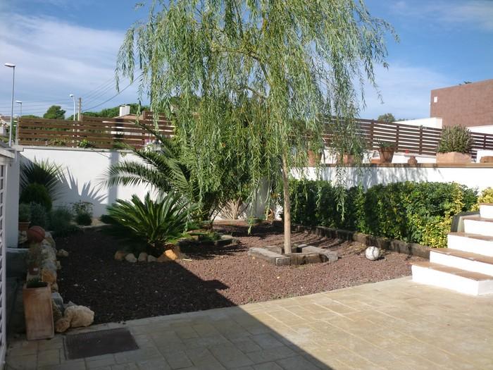 Lescala jardi casa piscina costa brava comprar bosch api for Piscinas costa brava