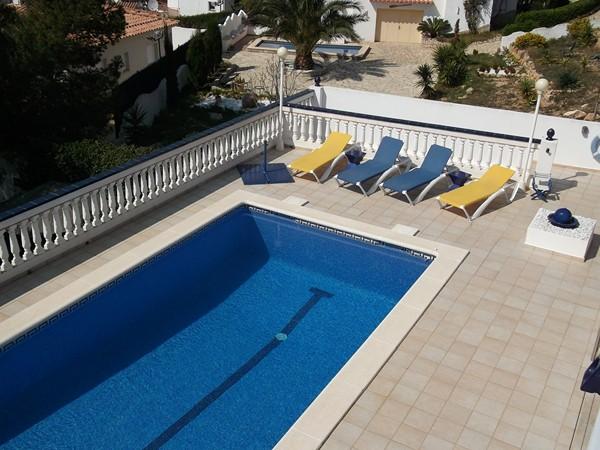 Lescala maison montgo acheter piscine vue sur mer bosch api for Acheter piscine creusee