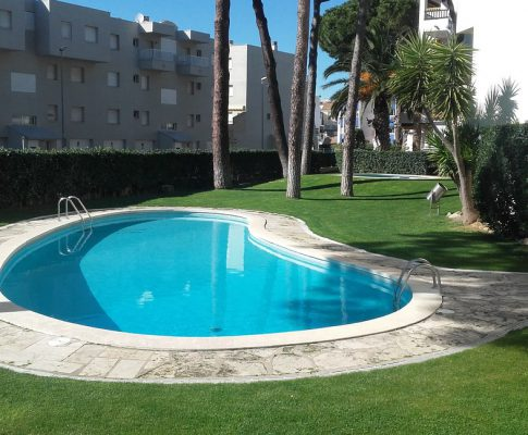 Apartment with community pool for rent in L'Escala