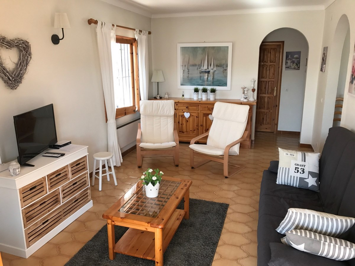 Casa en alquiler con piscina en la escala bosch api for Apartamentos alquiler con piscina