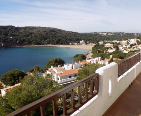 Apartament for rent L'Escala sea views Punta Montgo