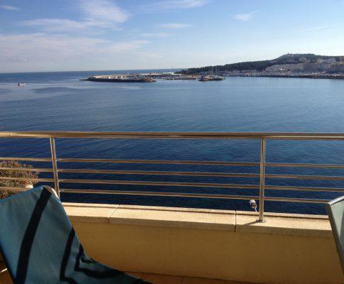 apartament a llogar amb vista al mar