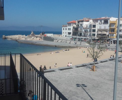 Apartment to rent in L'Escala Seafront