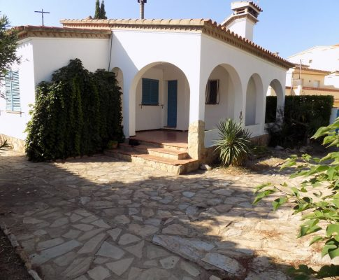 House to rent near Riells Beach in L'Escala