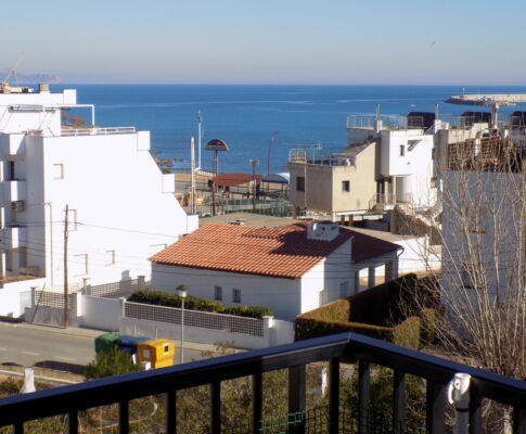 Appartement à louer à 150 mts. plage Riells