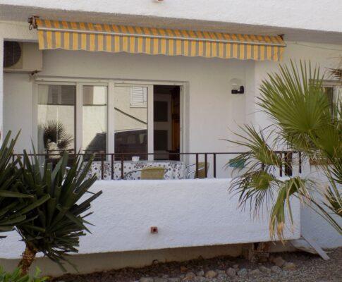 Appartement à louer entièrement rénové à L'Escala