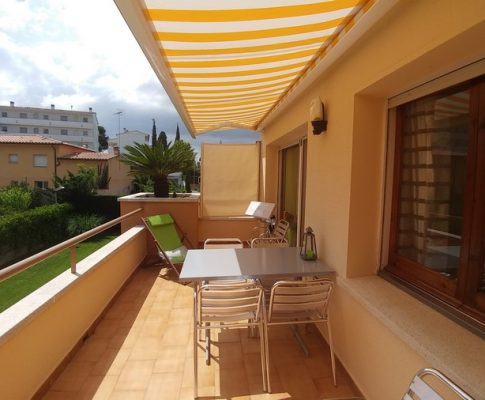 APARTMENT 200mts. FROM BEACH WITH POOL AND TENNIS COURT
