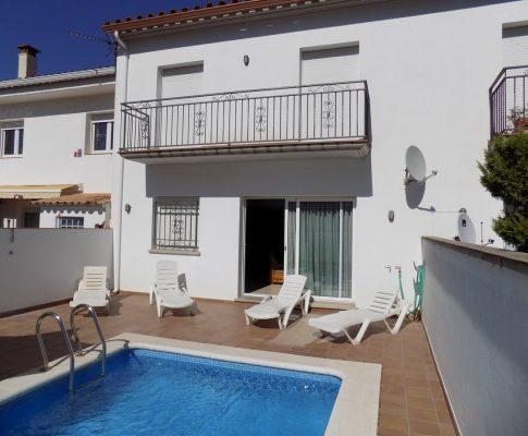Grand maison à louer à L'Escala piscine privée