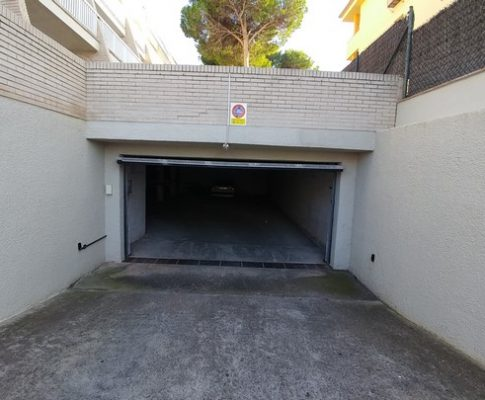 PLAÇA DE PARKING A TOCAR EL CLUB NAUTIC